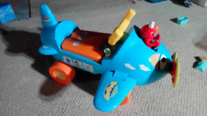 Sesame Street Elmo Ride-on Airplane