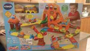 BNIB VTech GoGo Treasure Mountain Train Adventure (NEW)