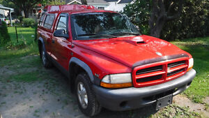 1998 Dodge Dakota Sport Pickup Truck