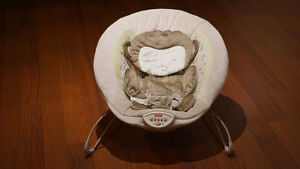 Fisher-Price Vibrating baby bouncer