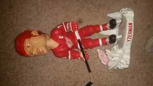Steve Yzerman Huge Forever Collectibles Bobblehead! Kitchener / Waterloo Kitchener Area image 2