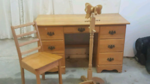 Solid Oak desk & Chair