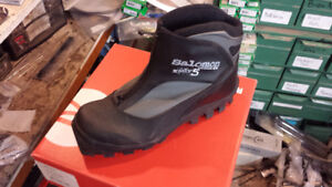 Salomon X-adv 5 Back Country boots and bindings size 45