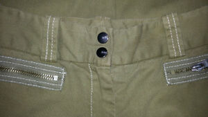 BCBG Max Azria Military Inspired Skinny Ankle Pants - 2 - NEW Gatineau Ottawa / Gatineau Area image 8