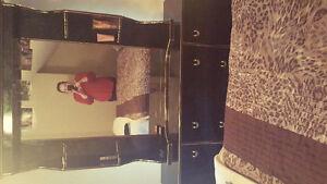 7 piece bedroom set NEED GONE!!!!