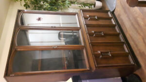 ☆PICK-UP☆   Your New China Cabinet