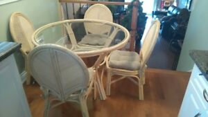 BOCA RATTAN DINETTE WITH 4 CHAIRS