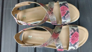Naturalizer Brand New Sandals Size 8.5