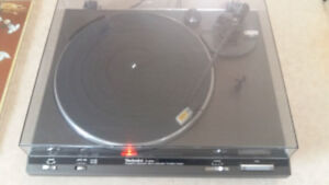 TECHNICS SL-B200 Table Tournante en parfaite condition Vintage