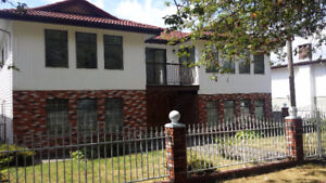 Large 4 Bedroom house 4 Rent