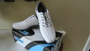 FJ sport Mens size 9 Golf  shoes**Brand new**