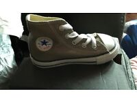 Brand new converse toddler 6 in box