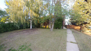 Home For Rent In Lloydminster AB. Close to Lakeland College.