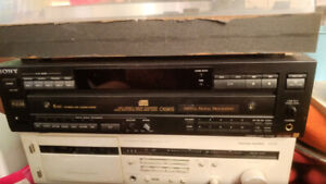 Sony CDP-C69ES  Esprit 5 Disc Changer CD Player - no remote