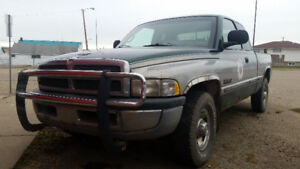 1998 Dodge Power Ram 2500 Slt Pickup Truck