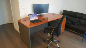 Home Office Desk with Filling Cabinet on Wheels
