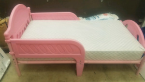Disney Princess Toddler Bed with Infant / Toddler Mattress