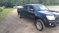 2007 Toyota Tacoma MUST SEE !