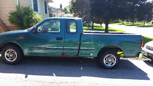 "1998 Ford F-150 Pickup Truck SOLD ""AS IS"" FOR PARTS ONLY London Ontario image 1"