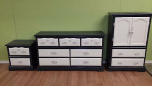 Professionally painted Black and white dresser set