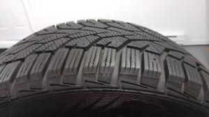 4 pneus d'hiver 195/65/R15 GISLAVED en très bonne condition