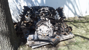 Chrysler 2004 Moteur/Transmission/Cardans +12X pneus P2_5/60/R16