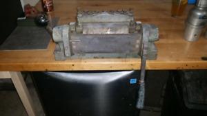Diacro number 1 brake 6 inch box and pan