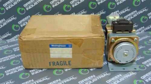 NEW Westinghouse 1548654 Type AM Time Relay Module