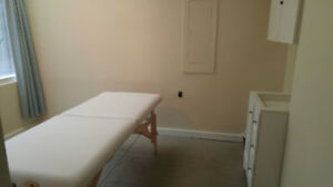 Large Therapy room for rent in Robson health care office