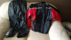 Motorcycle Rain Suit, New w tags, Reflective