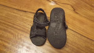 7t timberland sandals