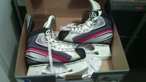 REDUCED! Boys Bauer Vapor X 2.0's