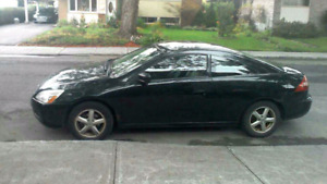 Coupe honda 2004 5speed toi cuir $1900