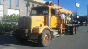 1997 Western Star Crane Truck with Weldco 12T64 12 Ton