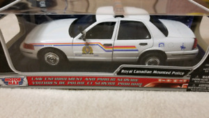 Ford Crown Victoria RCMP police car brand new diecast