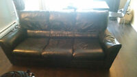 Very Comfortable Leather Couch - Come try it yourself !