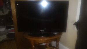 32 inch Samsung tv 150 obo