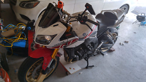 2008 Yamaha Fz1 mint condition only 2nd owner Must See