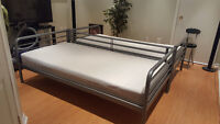 Twin size bed and mattress in excellent condition