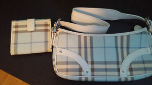 Burberry Shoulder Purse and Wallet - Hawkesbury ON