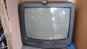 20lb color TV with remote