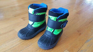 Boys Size.8 Cougar Winter Boots. London Ontario image 2