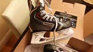 Youth Bauer vapor x70 skates