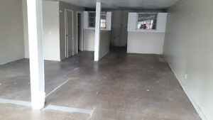retail or office space for rent - espace à louer- Lancaster ON