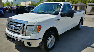2010 Ford F-150 XLT 4x4 *IMPECCABLE*