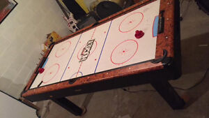 Air hockey/ pool table