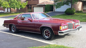 Great condition low mileage 76 Pontiac Grand Prix - must be seen