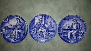 3 spectacular antique Wedgwood Flow Blue porcelain mini plates:
