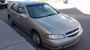 Nissan Altima $1690 negotiable