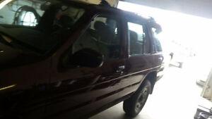 1997 Nissan Pathfinder SE SUV, Crossover